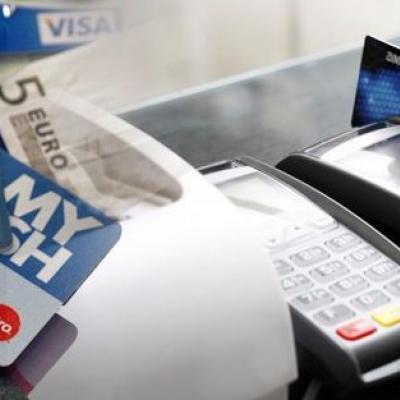 Παράνομες χρεώσεις σε καταθετικούς λογαριασμούς και πιστωτικές κάρτες