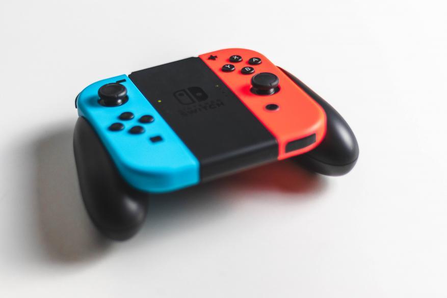 """Έχουν ληφθεί έως τώρα 20.700 καταγγελίες καταναλωτών στην Ευρώπη για την κονσόλα της """"Nintendo  Switch"""""""