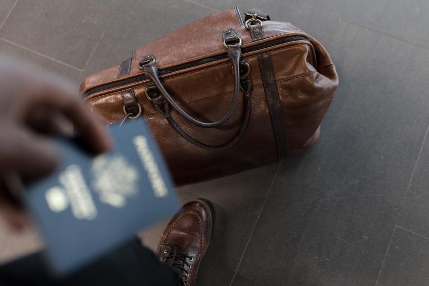 Ακάλυπτοι οι καταναλωτές από την τροπολογία για τα ταξιδιωτικά κουπόνια