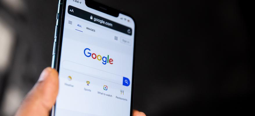 """Συνεχίζεται η """"εμπορική παρακολούθηση"""" των καταναλωτών από την Google"""